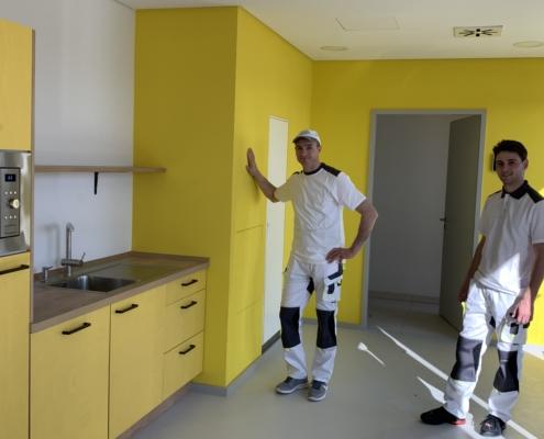 Mitarbeiter-Baukontrast-GmbH-Trockenbau-und-Malerarbeiten-Küchen